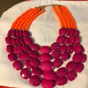 Jewelry - Necklace large in orange and dark pink